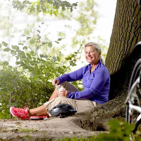 The world's population may be getting older, but many over 55s are still young at heart. A natural combination of whey protein and calcium can help the body keep up. Read about our approach to age-deying solutions