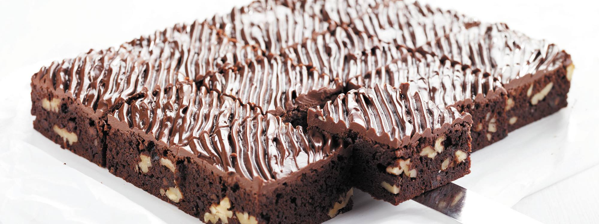 Gluten-free bakery products with whey - chokolate cake in bakery functionalities